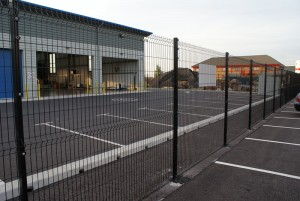 1.8m high Nylorfor 3-M mesh fencing