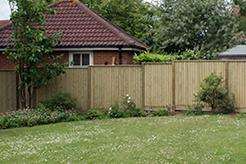 Concave and convex closeboard fence panels